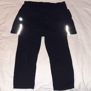 Athleta Black Skirted Capri Leggings Medium